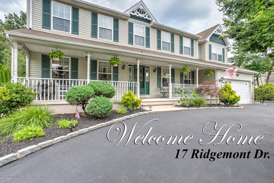 Single Family Home for Sale at 17 Ridgemont Drive 17 Ridgemont Drive Lanoka Harbor, New Jersey 08734 United States