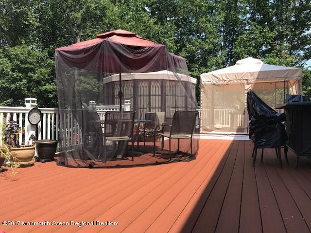 8 Alpine deck patio table