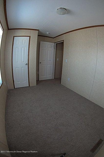 Bedroom 3b (1 of 1)