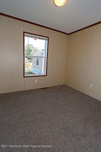 Master bedroom windowa (1 of 1)