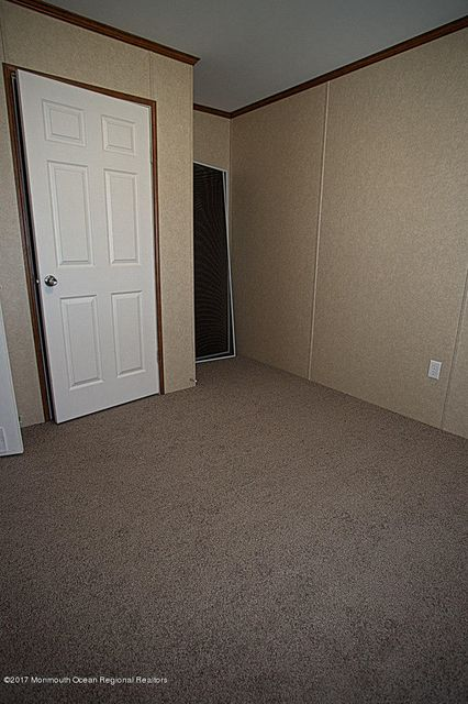 Master bedroom a (1 of 1)