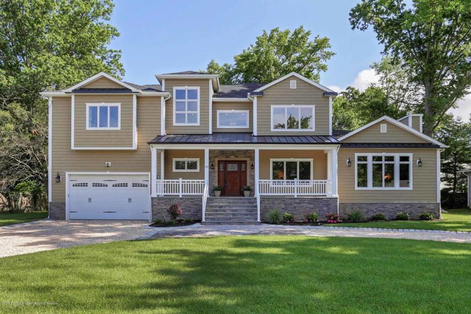 Maison unifamiliale pour l Vente à 133 Monmouth Boulevard 133 Monmouth Boulevard Oceanport, New Jersey 07757 États-Unis
