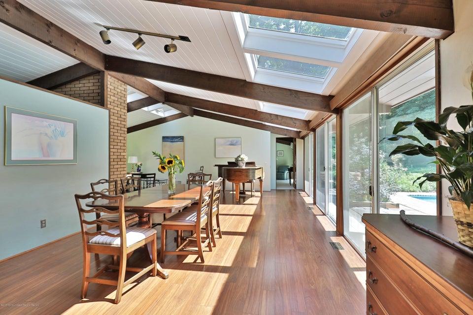 Casa Unifamiliar por un Venta en 5 Grand Tour Locust, Nueva Jersey 07760 Estados Unidos