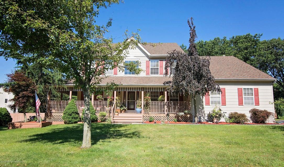 Maison unifamiliale pour l Vente à 11 Poppy Lane 11 Poppy Lane Howell, New Jersey 07731 États-Unis
