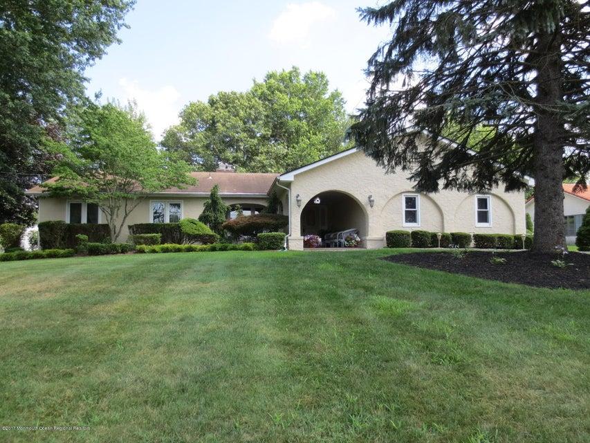 一戸建て のために 売買 アット 168 Lloyd Road Aberdeen, ニュージャージー 07747 アメリカ合衆国