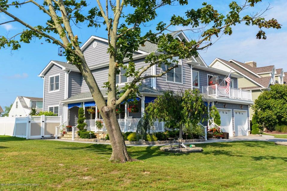 一戸建て のために 売買 アット 107 Hillcrest Avenue Neptune, ニュージャージー 07753 アメリカ合衆国