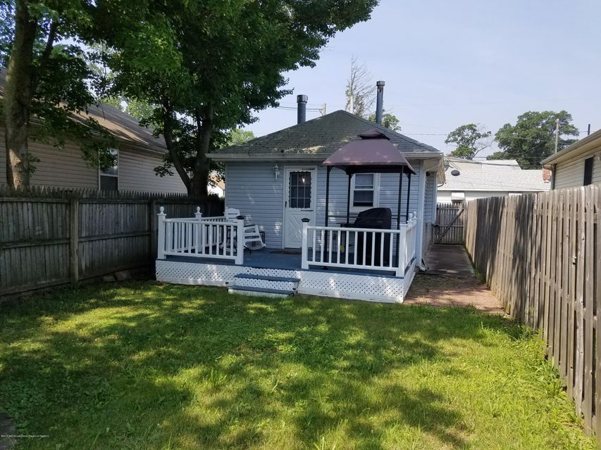 Single Family Home for Rent at 130 Forest Avenue Keansburg, New Jersey 07734 United States