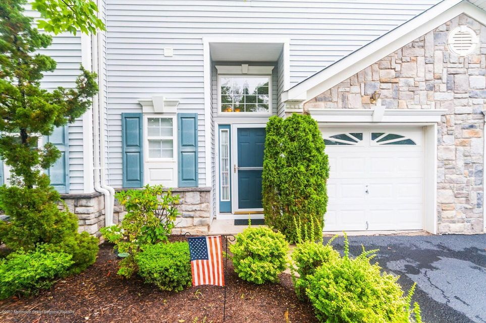 Single Family Home for Sale at 18 Bridge Pointe Drive Laurence Harbor, New Jersey 08879 United States
