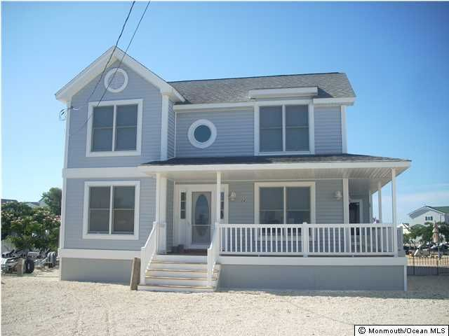 Single Family Home for Rent at 24 Julia Drive 24 Julia Drive Beach Haven West, New Jersey 08050 United States