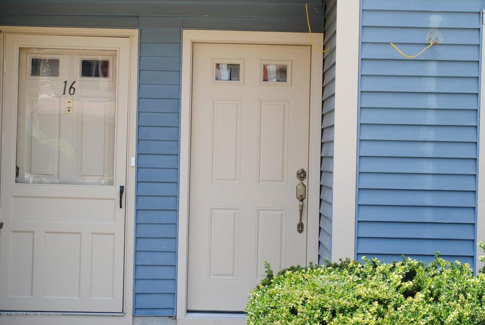 Condominium for Rent at 18 Balmoral Court Matawan, New Jersey 07747 United States