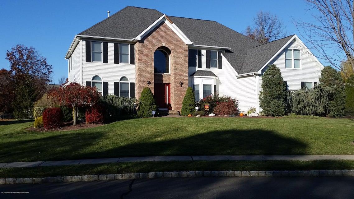 Maison unifamiliale pour l Vente à 6 Winchester Drive East Brunswick, New Jersey 08816 États-Unis