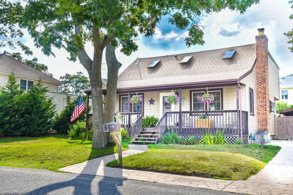 独户住宅 为 销售 在 836 Beach Avenue 836 Beach Avenue Beachwood, 新泽西州 08722 美国