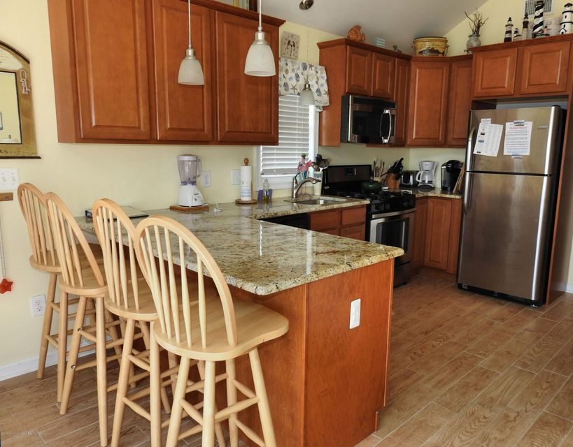 3316  Seaview Road - Picture 7
