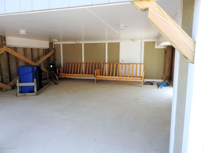 3316  Seaview Road - Picture 13