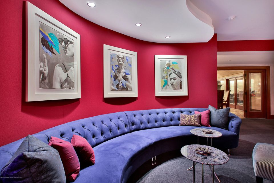 Lower Level Lounge Area