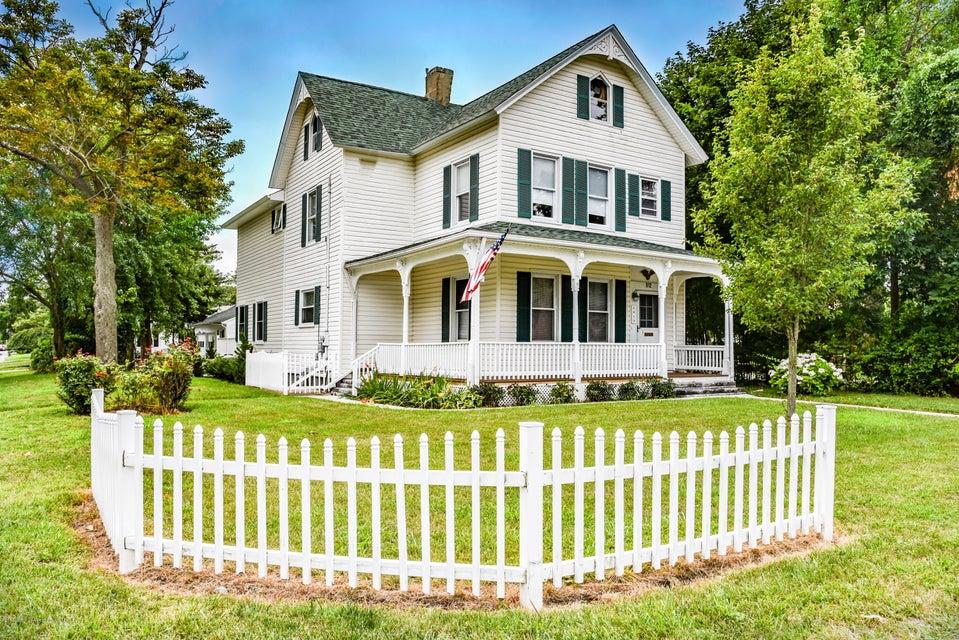 獨棟家庭住宅 為 出售 在 912 Ocean Road 912 Ocean Road Point Pleasant, 新澤西州 08742 美國