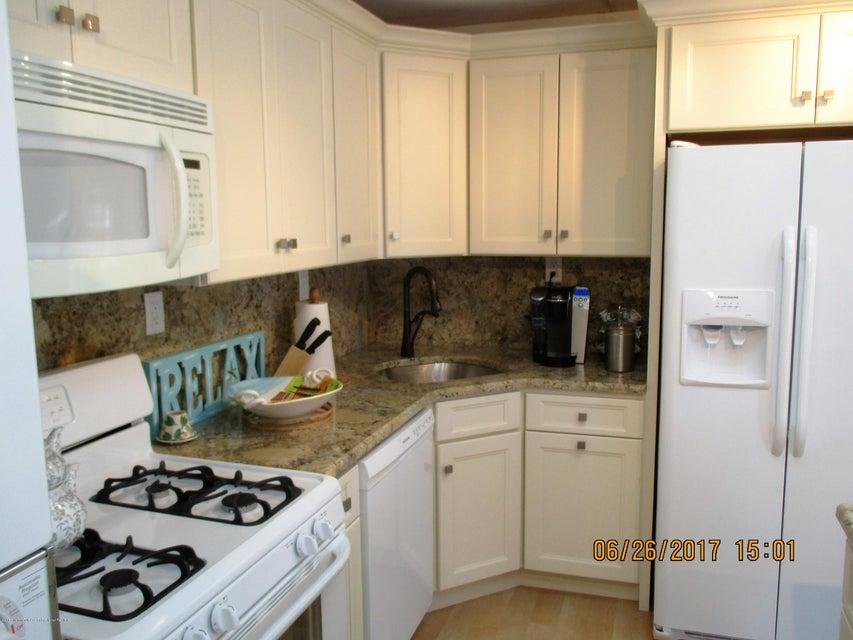独户住宅 为 出租 在 549 Route 35 Road 洛金, 新泽西州 08738 美国