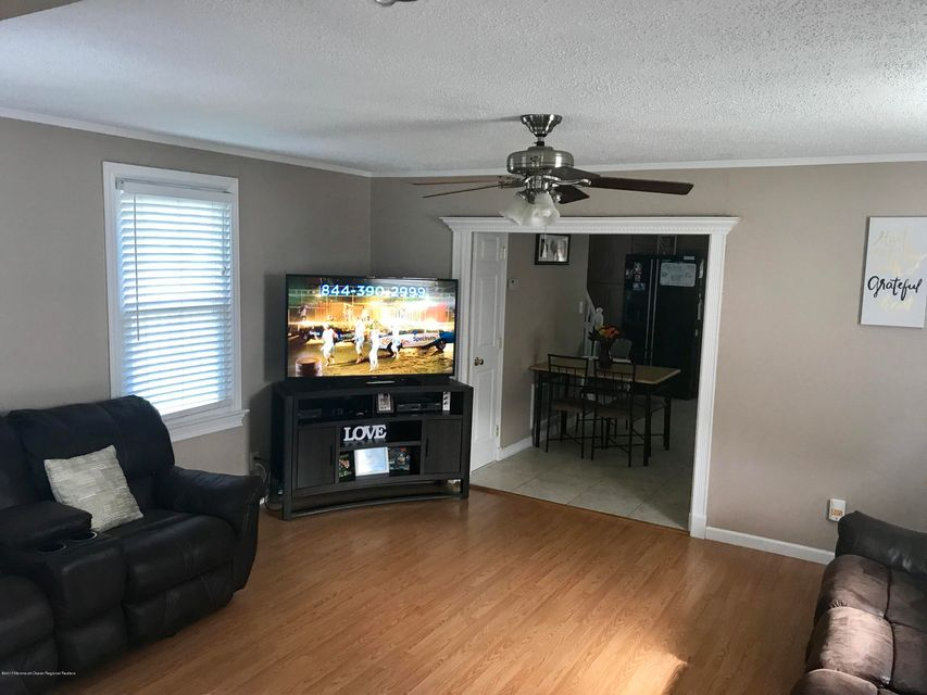 Single Family Home for Rent at 556 Jersey Avenue 556 Jersey Avenue Union Beach, New Jersey 07735 United States