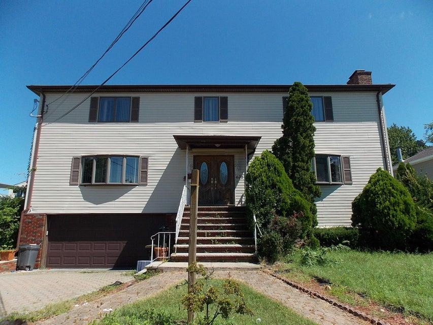 Vivienda unifamiliar por un Venta en 621 Monmouth Avenue 621 Monmouth Avenue Port Monmouth, Nueva Jersey 07758 Estados Unidos