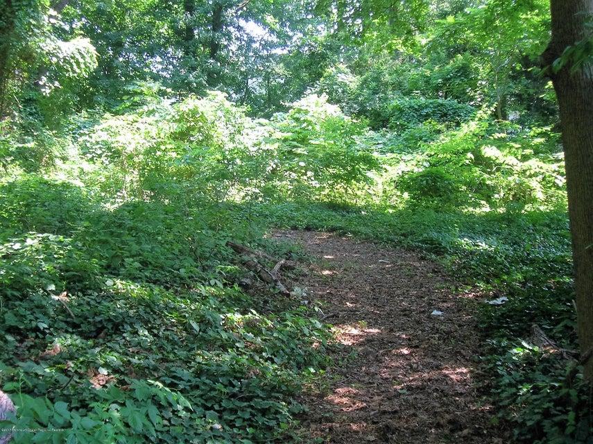 Arazi için Satış at Ernston Road Ernston Road Parlin, New Jersey 08859 Amerika Birleşik Devletleri