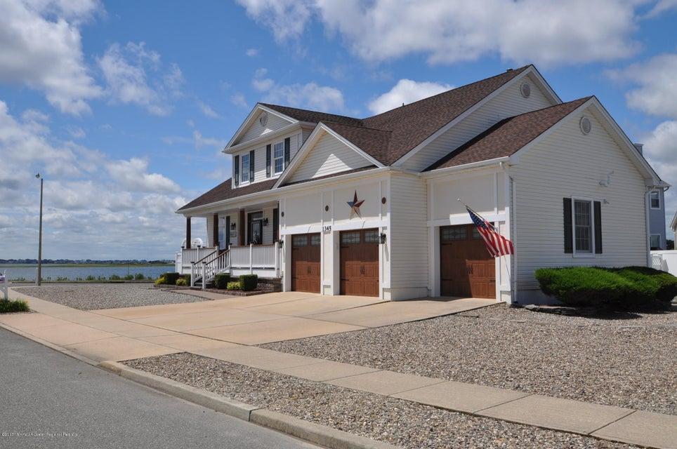 Single Family Home for Sale at 1345 Laurel Boulevard Lanoka Harbor, 08734 United States