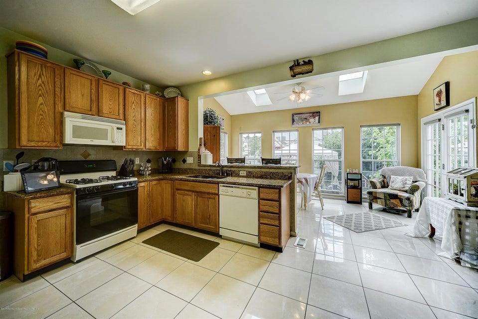 004_KitchenDining Area