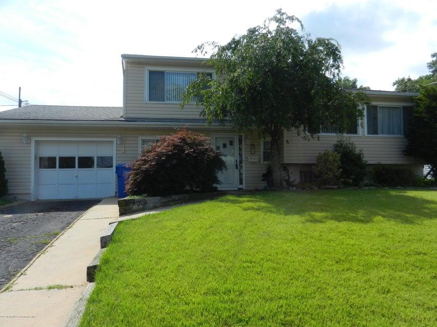 Casa Unifamiliar por un Venta en 5 Cypress Drive Colonia, Nueva Jersey 07067 Estados Unidos