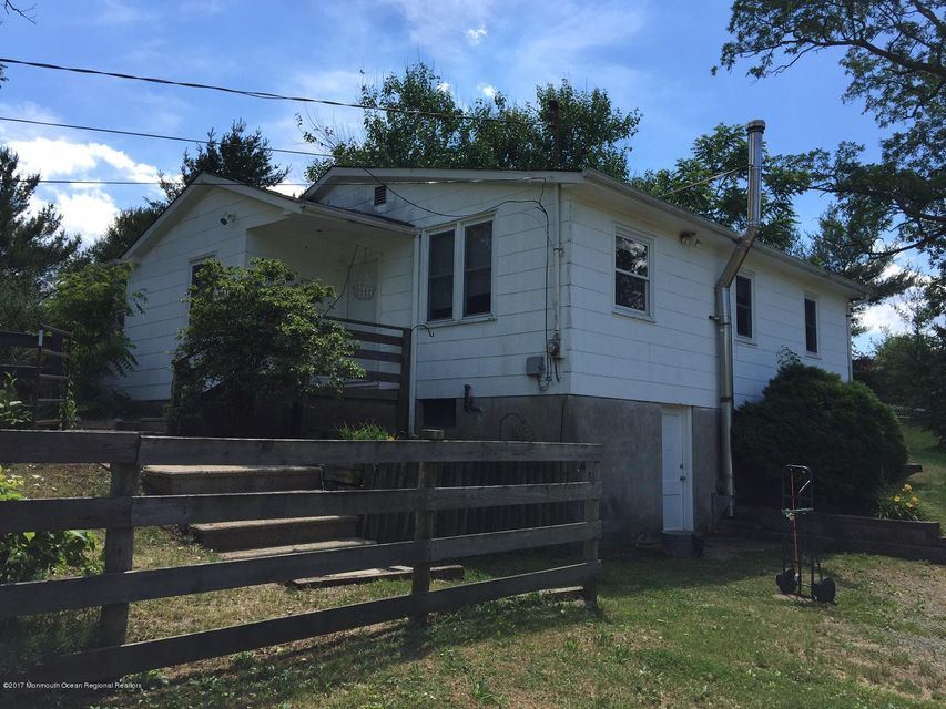 Single Family Home for Rent at 12 B Hill Road Allentown, New Jersey 08501 United States