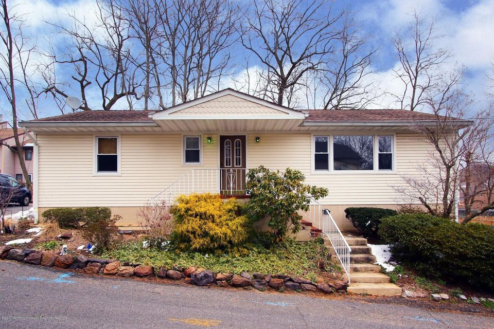 Single Family Home for Rent at 2 William Street Highlands, New Jersey 07732 United States