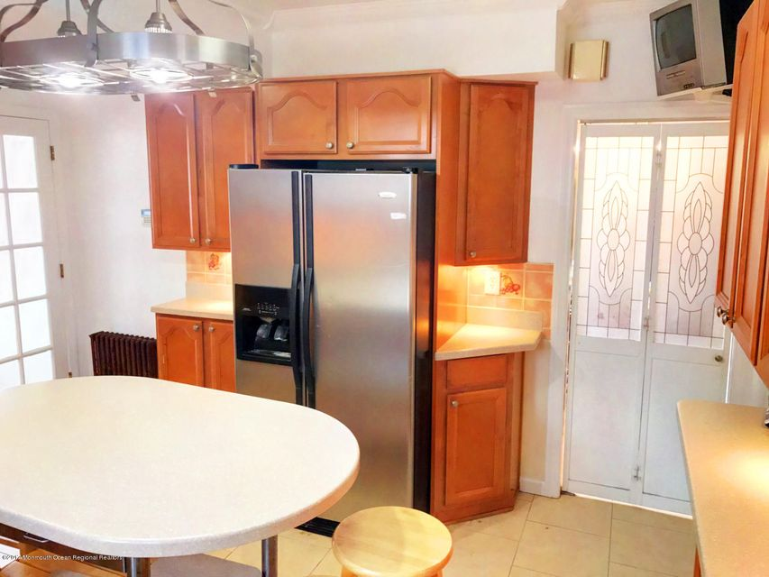Additional photo for property listing at 955 Pierpont Street 955 Pierpont Street Rahway, Nova Jersey 07065 Estados Unidos
