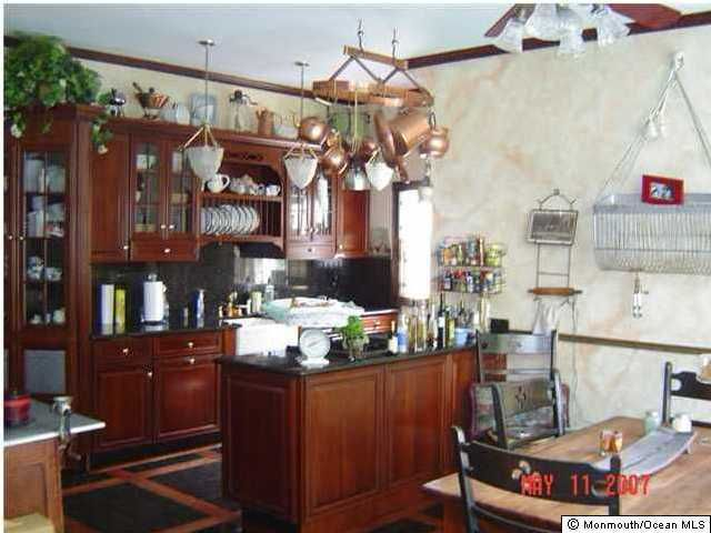 Additional photo for property listing at 227 Allen Avenue 227 Allen Avenue Allenhurst, New Jersey 07711 United States