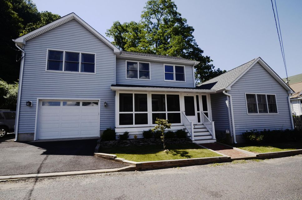 Single Family Home for Rent at 8 King Street Highlands, New Jersey 07732 United States