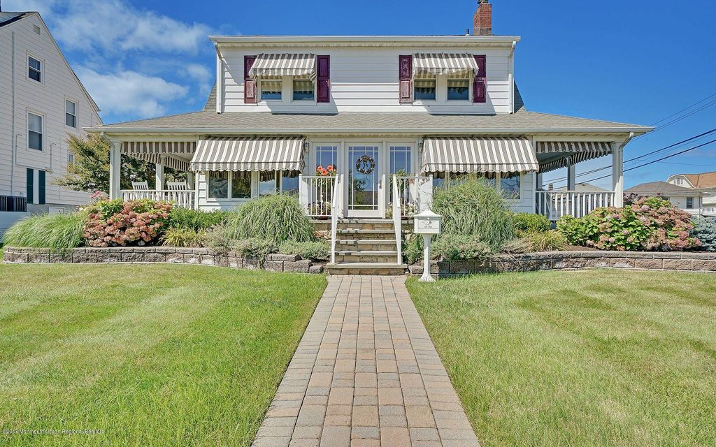 Single Family Home for Sale at 100 Washington Avenue Avon, New Jersey 07717 United States