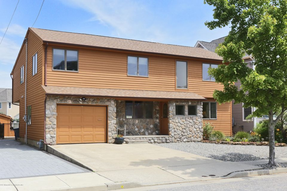 Single Family Home for Sale at 466 Long Avenue Manasquan, New Jersey 08736 United States