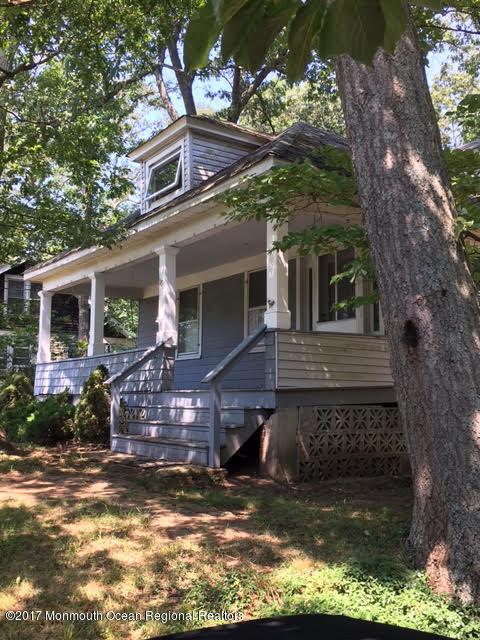 Casa Multifamiliar por un Venta en 183-185 Route 33 183-185 Route 33 Freehold, Nueva Jersey 07728 Estados Unidos