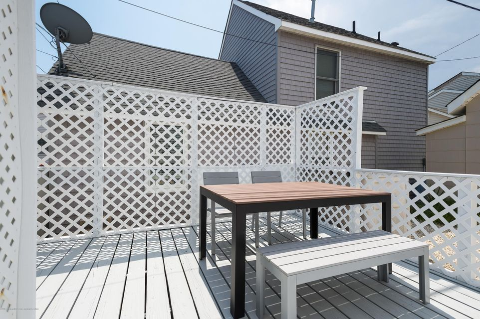 65  Barnegat Way - Picture 12