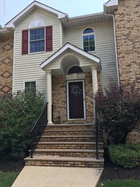 Casa Unifamiliar por un Alquiler en 84 Agostina Drive Holmdel, Nueva Jersey 07733 Estados Unidos