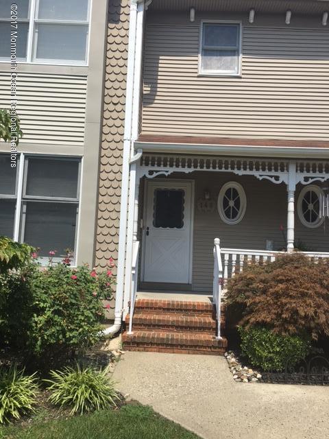 Condominio por un Alquiler en 148 Northampton Drive Holmdel, Nueva Jersey 07733 Estados Unidos