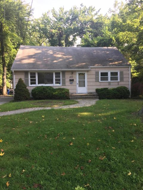 Single Family Home for Rent at 437 Redmond Avenue Oakhurst, New Jersey 07755 United States