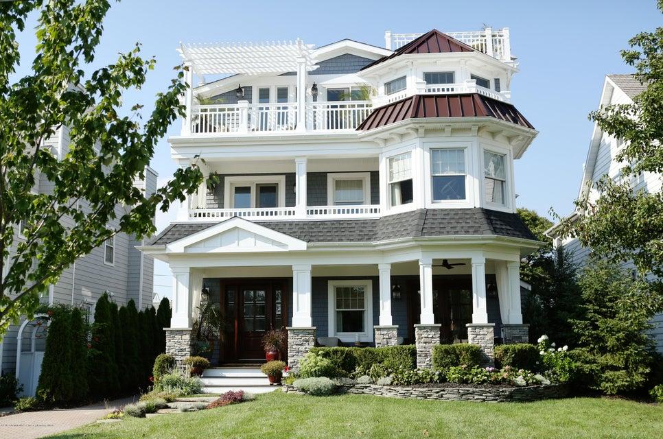 Maison unifamiliale pour l Vente à 110 Union Avenue 110 Union Avenue Spring Lake, New Jersey 07762 États-Unis