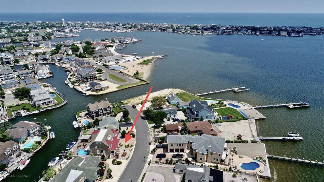 Single Family Home for Sale at 1707 Bay Isle Drive 1707 Bay Isle Drive Point Pleasant, New Jersey 08742 United States