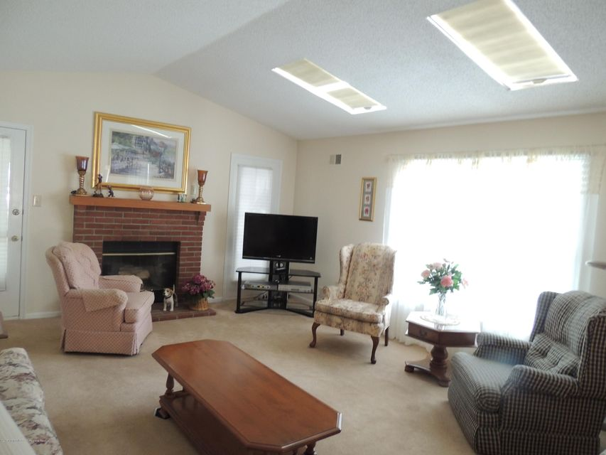 Additional photo for property listing at 1920 Quimby Court  Toms River, New Jersey 08755 Amerika Birleşik Devletleri
