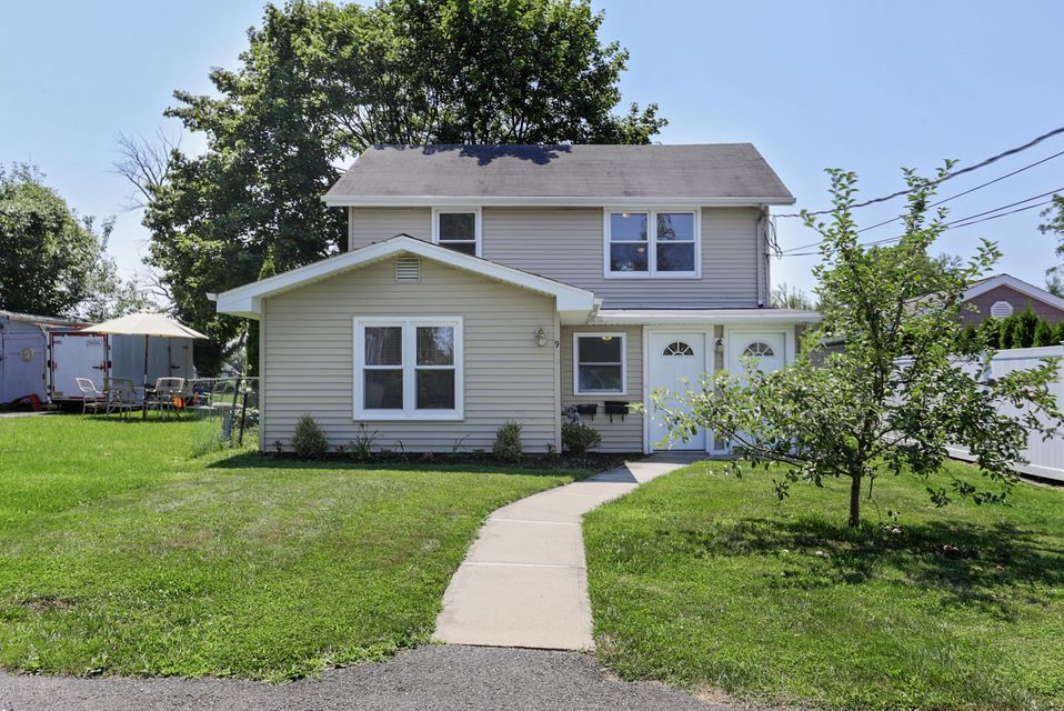 Additional photo for property listing at 9 Thompson Street 9 Thompson Street West Long Branch, Нью-Джерси 07764 Соединенные Штаты