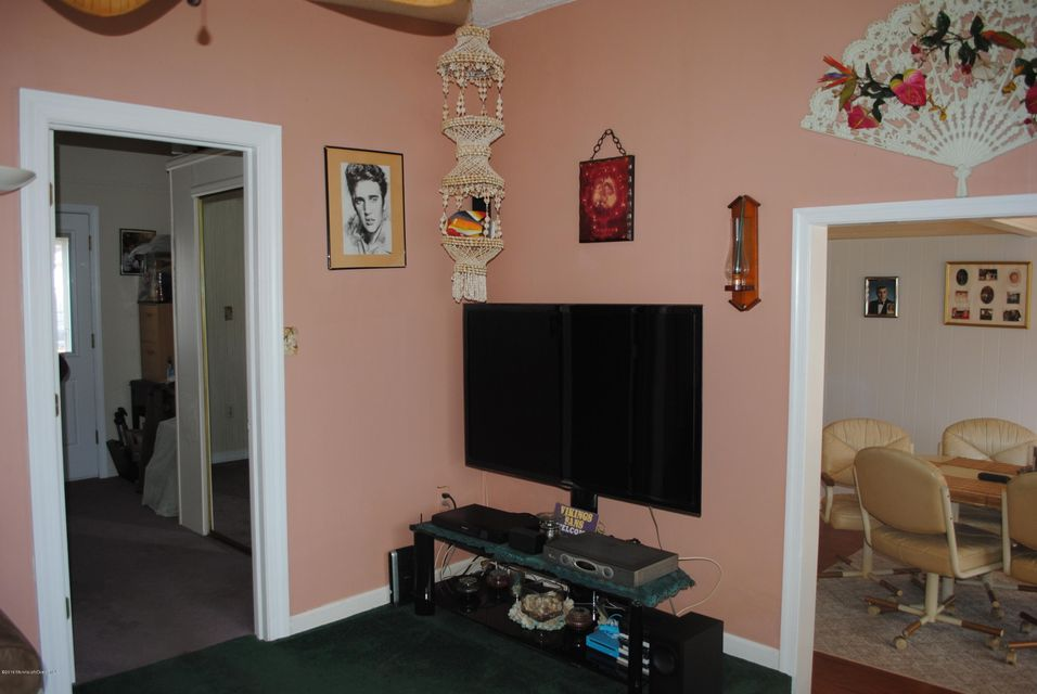 Additional photo for property listing at 32 Buena Vista Drive 32 Buena Vista Drive Brick, Nova Jersey 08723 Estados Unidos