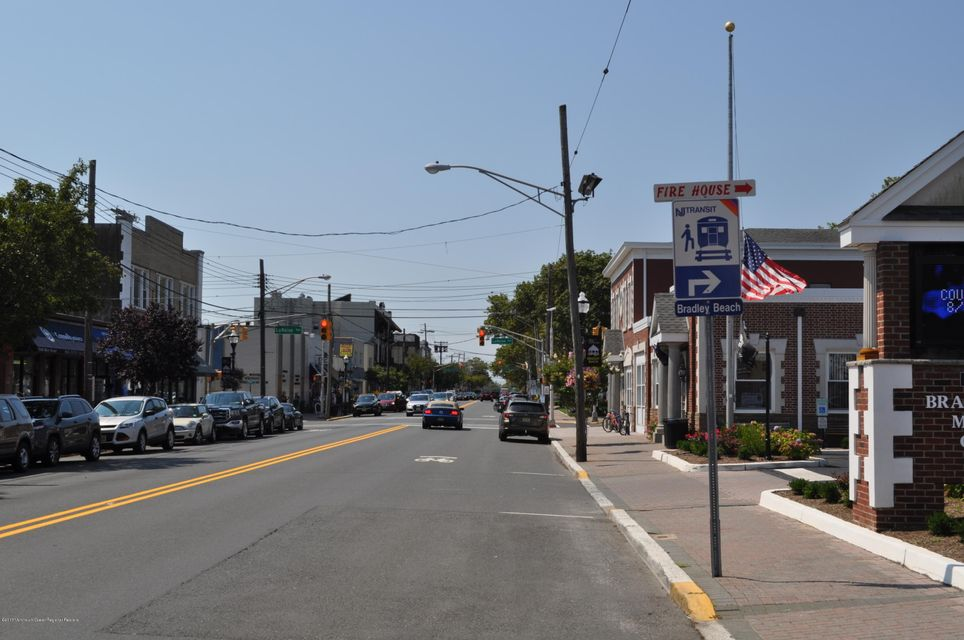 Additional photo for property listing at 716 Main Street 716 Main Street Bradley Beach, New Jersey 07720 Amerika Birleşik Devletleri
