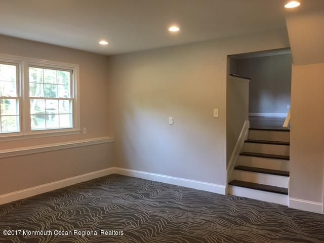 Additional photo for property listing at 15 Ashford Road 15 Ashford Road Jackson, New Jersey 08527 États-Unis