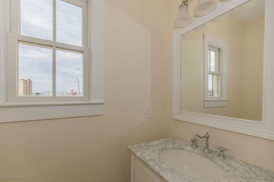 Additional photo for property listing at 21 Seaview Avenue  Ocean Grove, New Jersey 07756 États-Unis