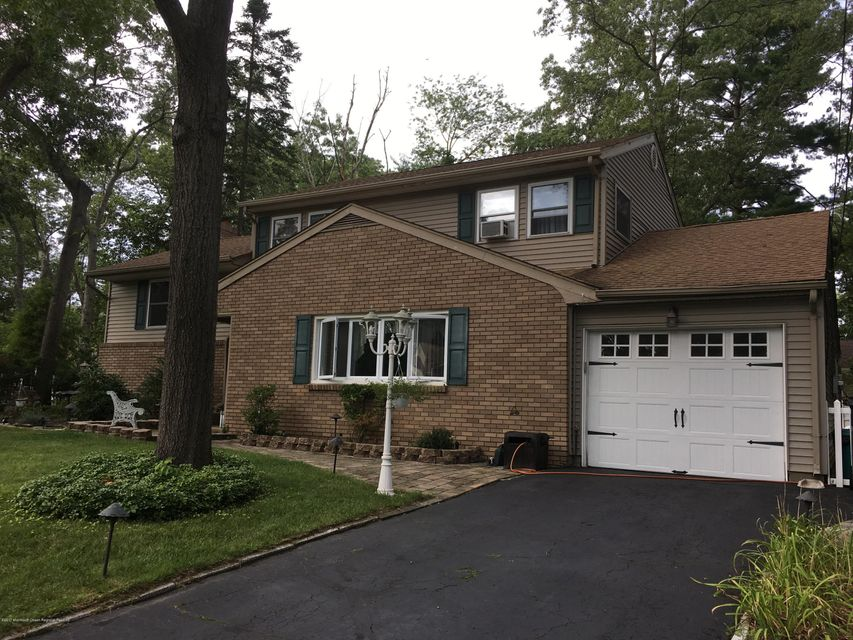 Additional photo for property listing at 10 Morningside Drive  Toms River, New Jersey 08755 Vereinigte Staaten