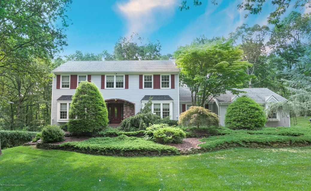 Single Family Home for Sale at 100 Stillwell Road Leonardo, New Jersey 07737 United States