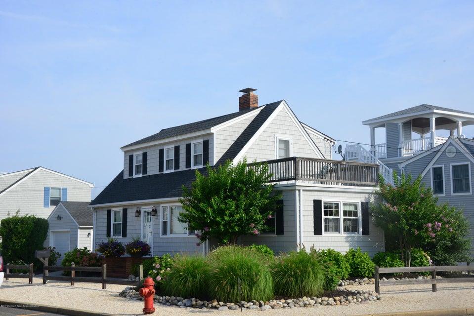Casa Unifamiliar por un Venta en 23 North Carolina Avenue Long Beach Township, Nueva Jersey 08008 Estados Unidos